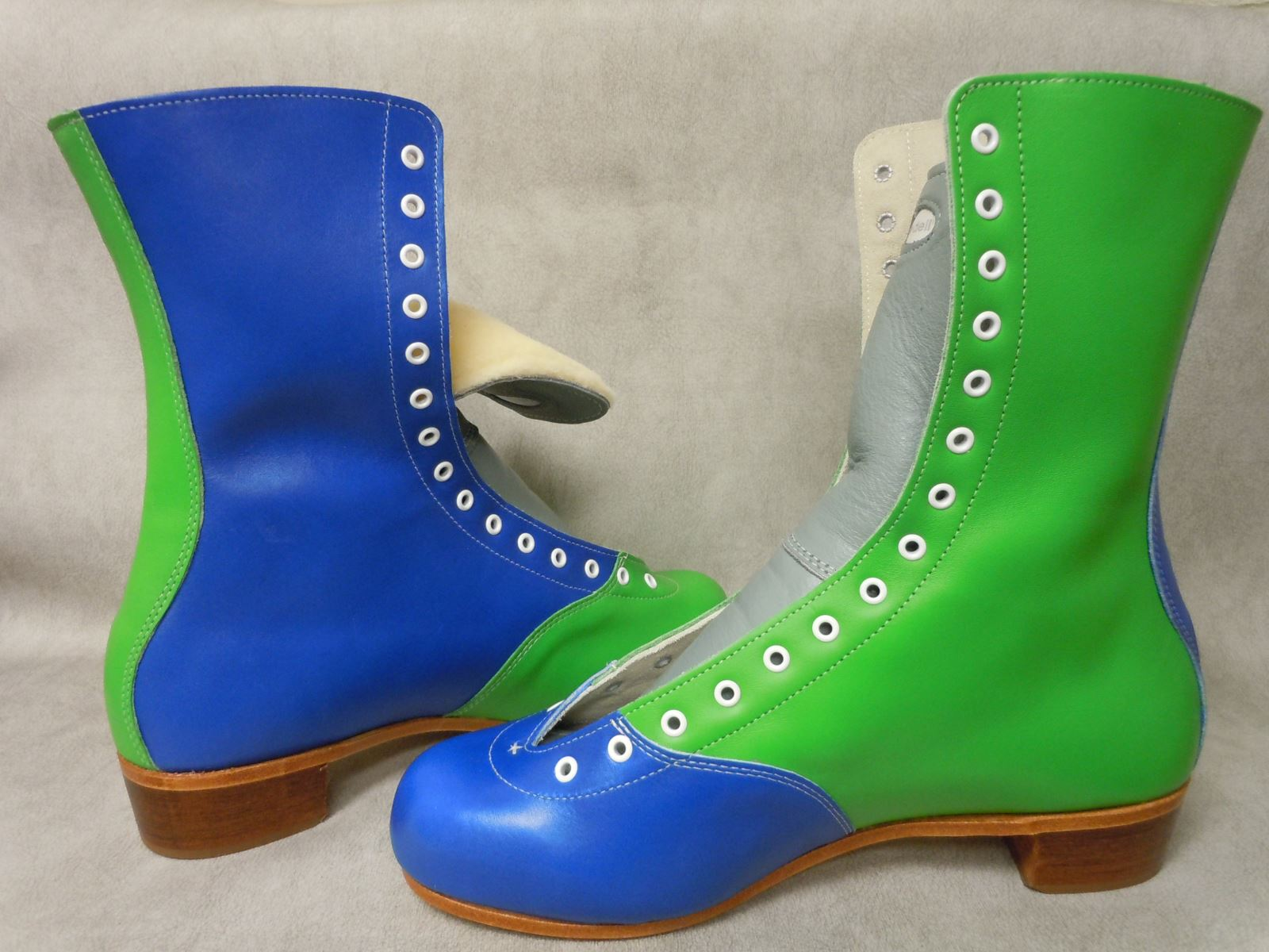 Riedell Model 172 ColorLab boot